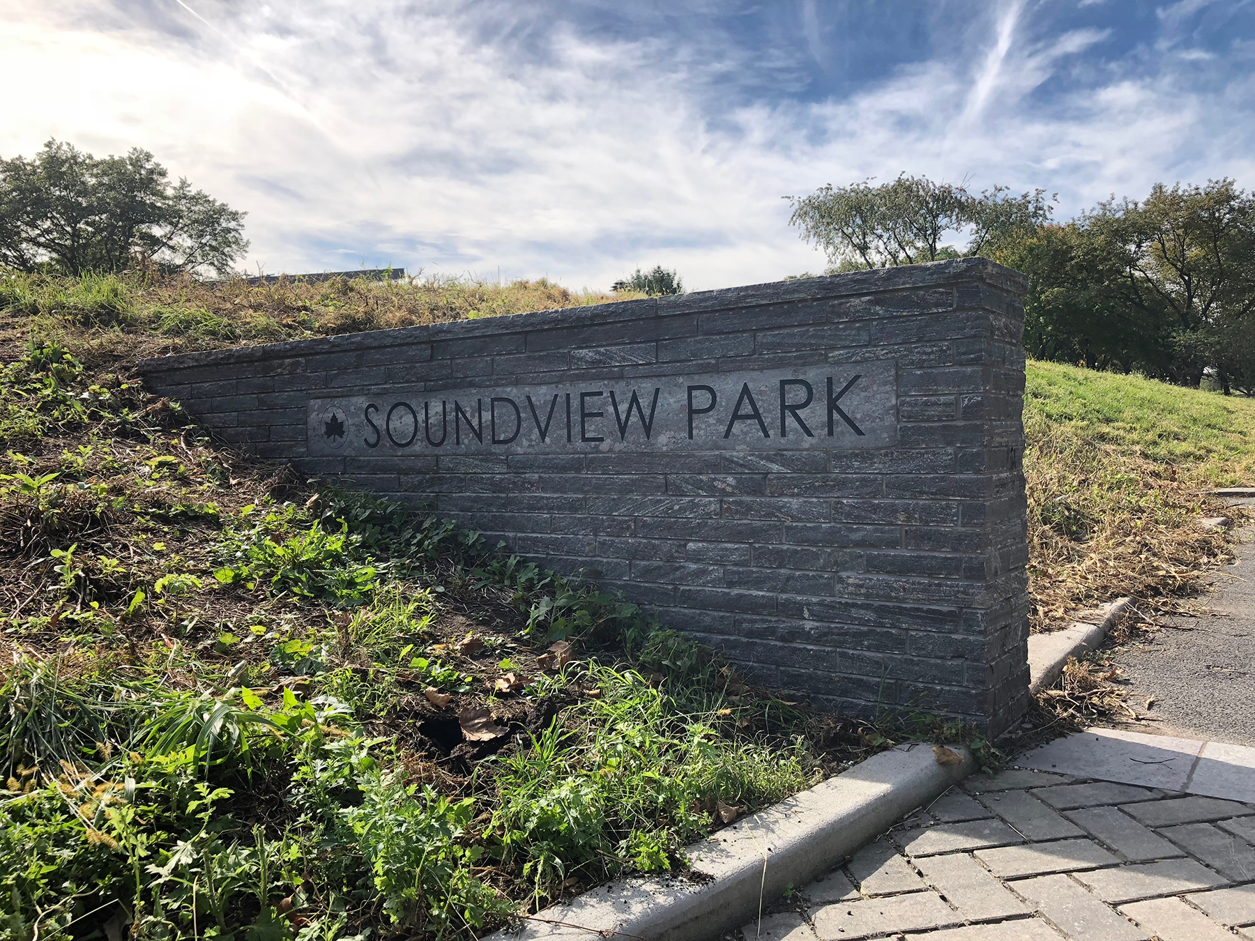 Soundview Park stone sign entrance