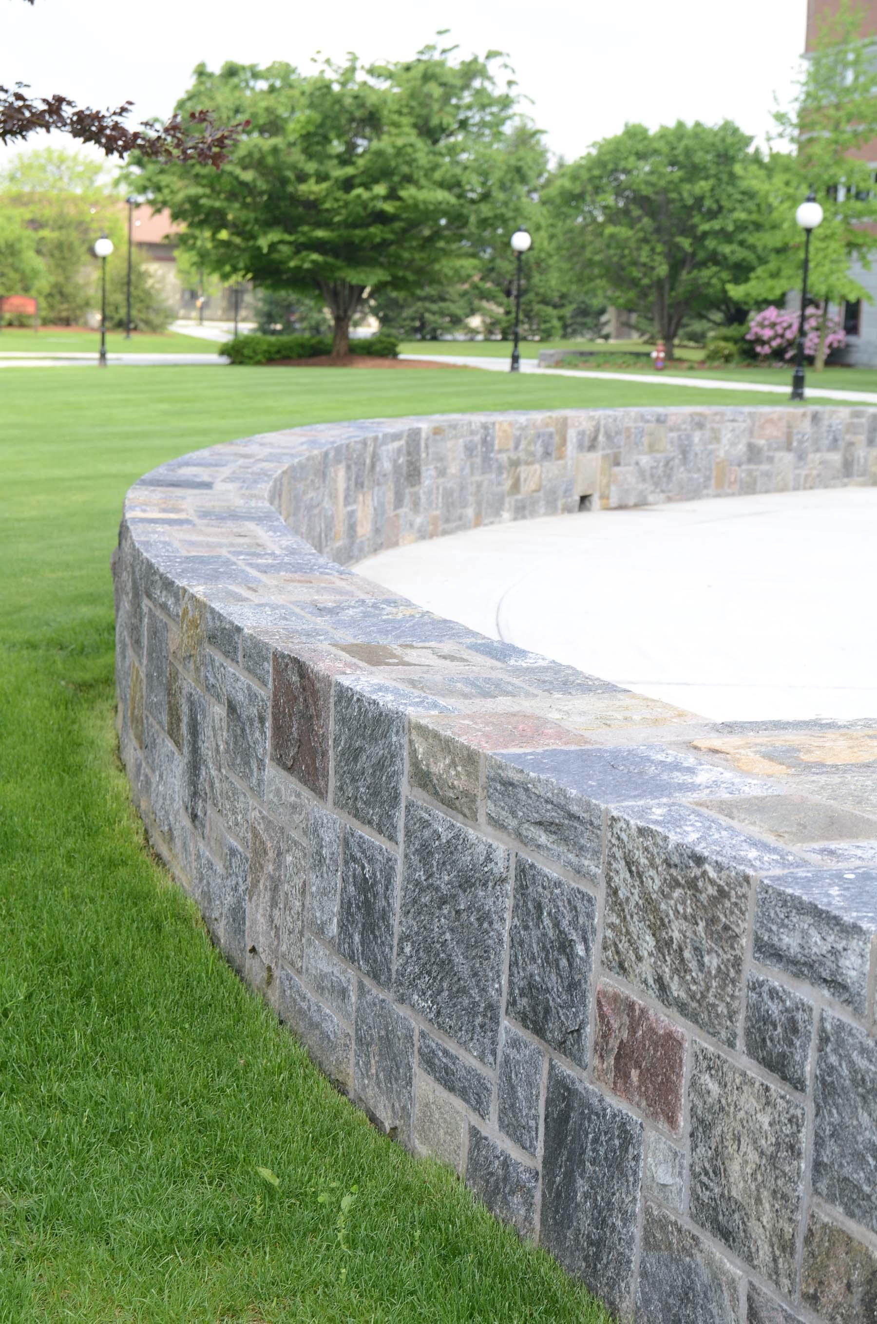 Ticonderoga granite natural stone wall in park