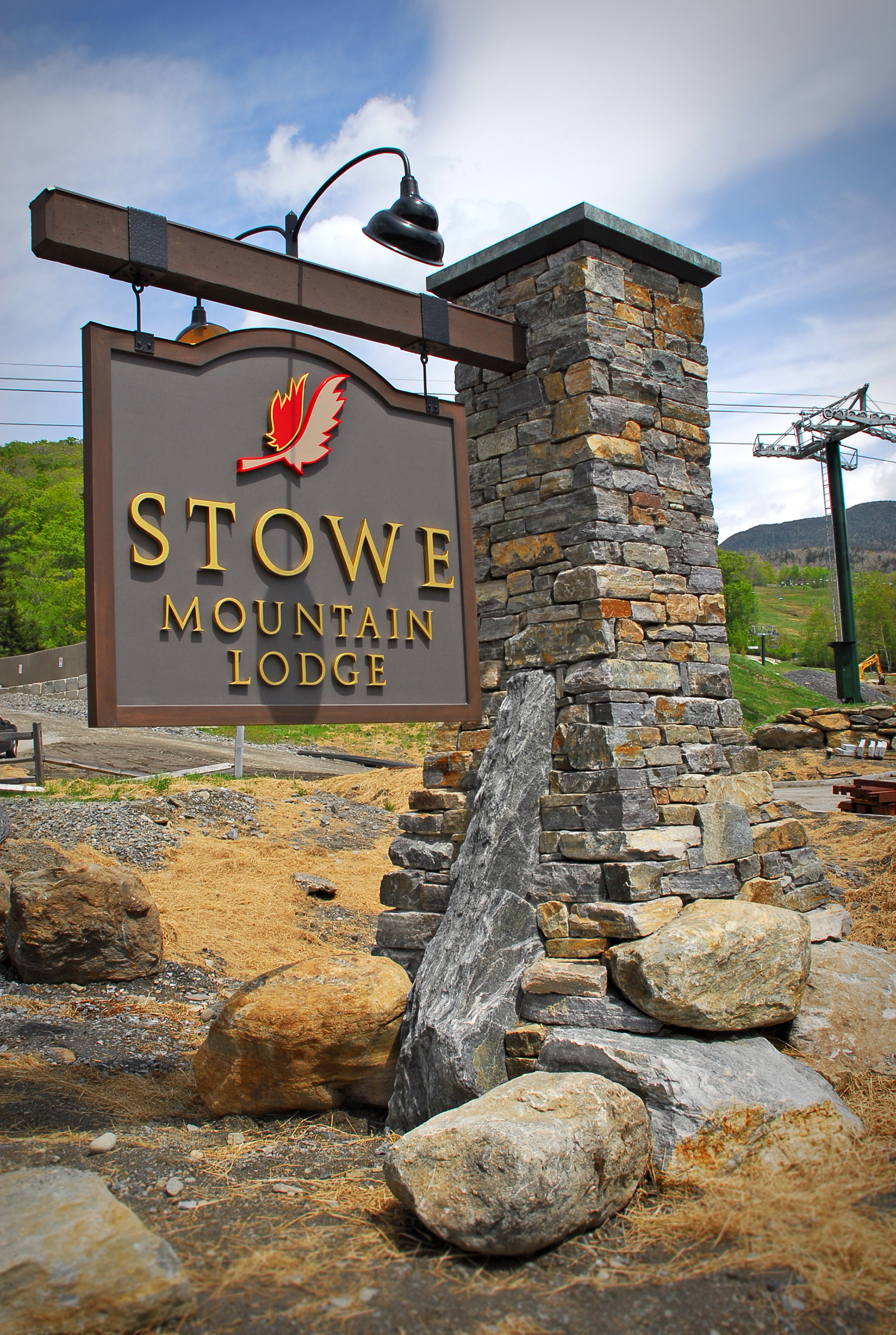 stowe mountain lodge sign