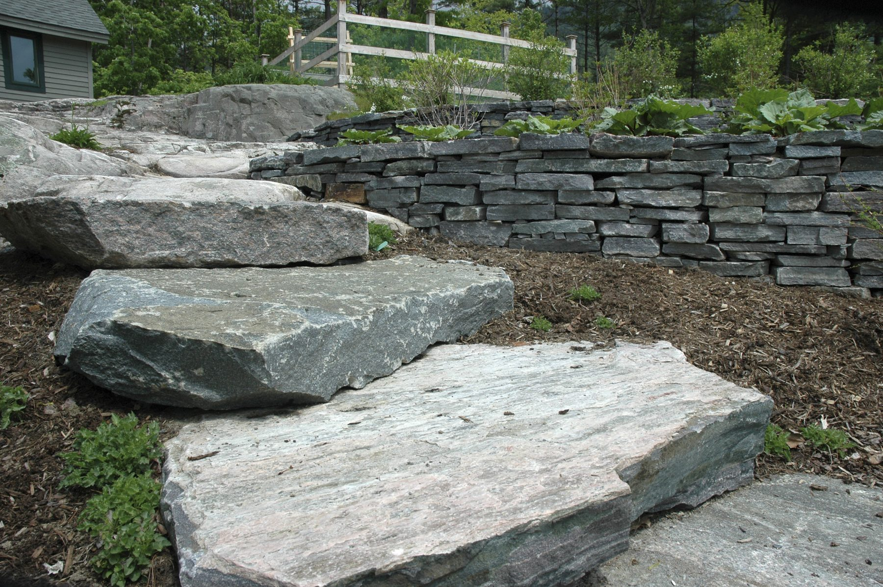 Landscape Saratoga StepSlabs