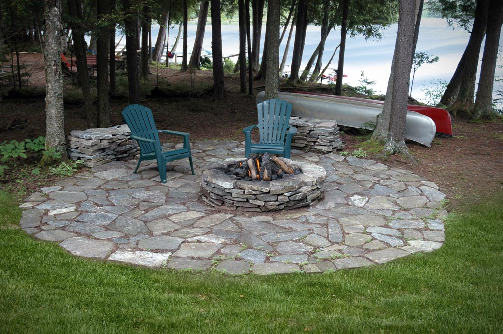 Fire Pit with Flagging
