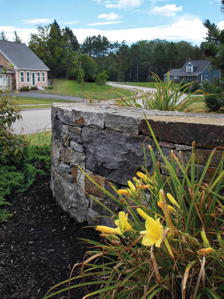 Curved Wall Stone